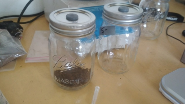 Matts jar method SoilSpeQ.jpg