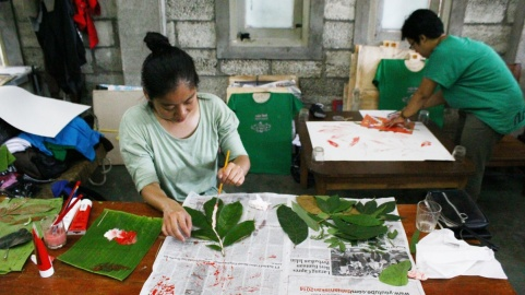 Workshop wonosadi leaf print.jpg